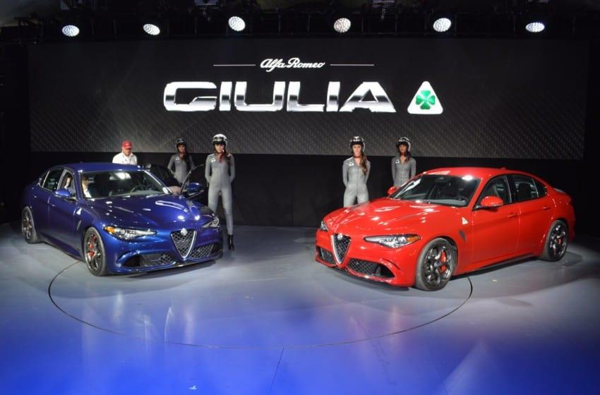 Alfa Romeo tersten gidiyor!