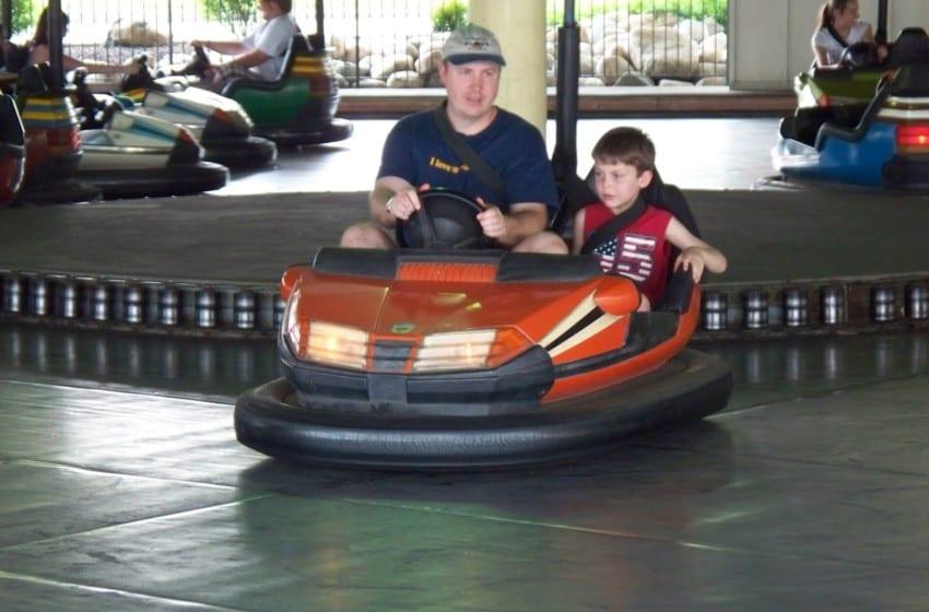 EFA: Kötü sürücülük aileden geliyor!