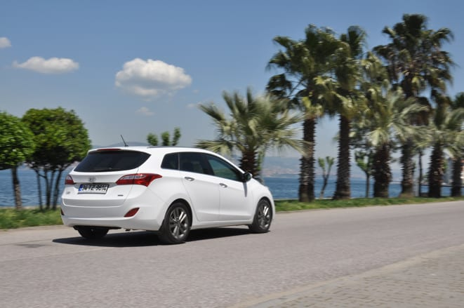 Hyundai i30 CW 1.6 CRDi 7DCT