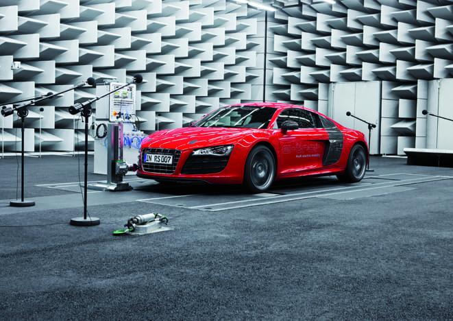Audi mühendisleri otomobilin sesini besteliyor
