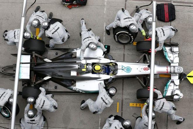 IWC Schaffhausen ve Mercedes AMG Petronas'tan işbirliği