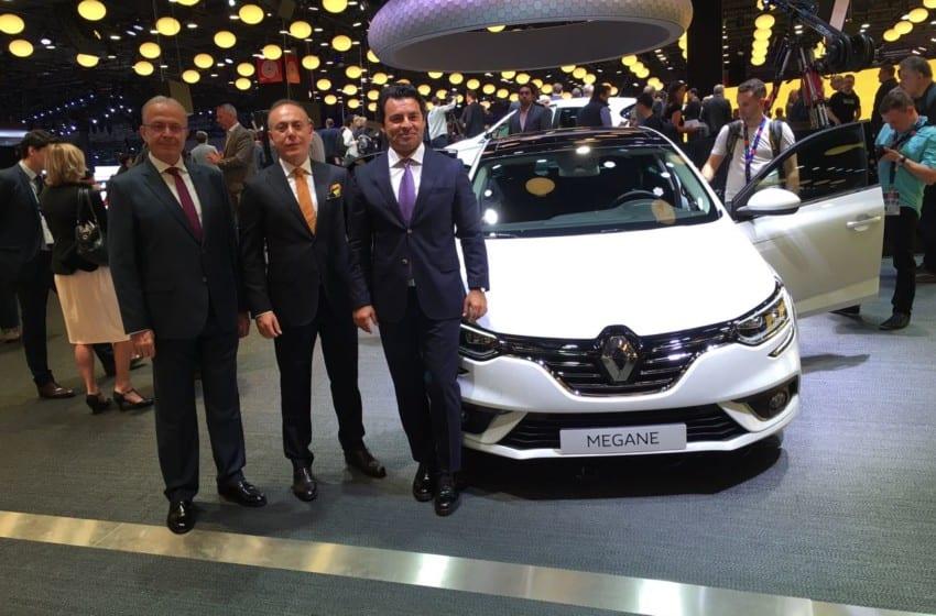 Renault'dan Paris'te iki dünya prömiyeri