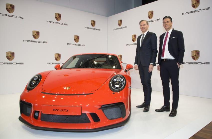 Porsche'den 2016'da rekor satış