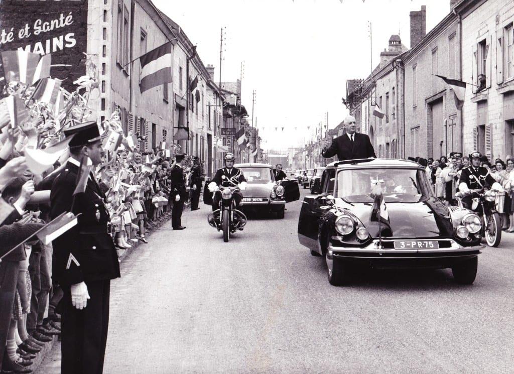 DS_Charles_de_Gaulle_1963