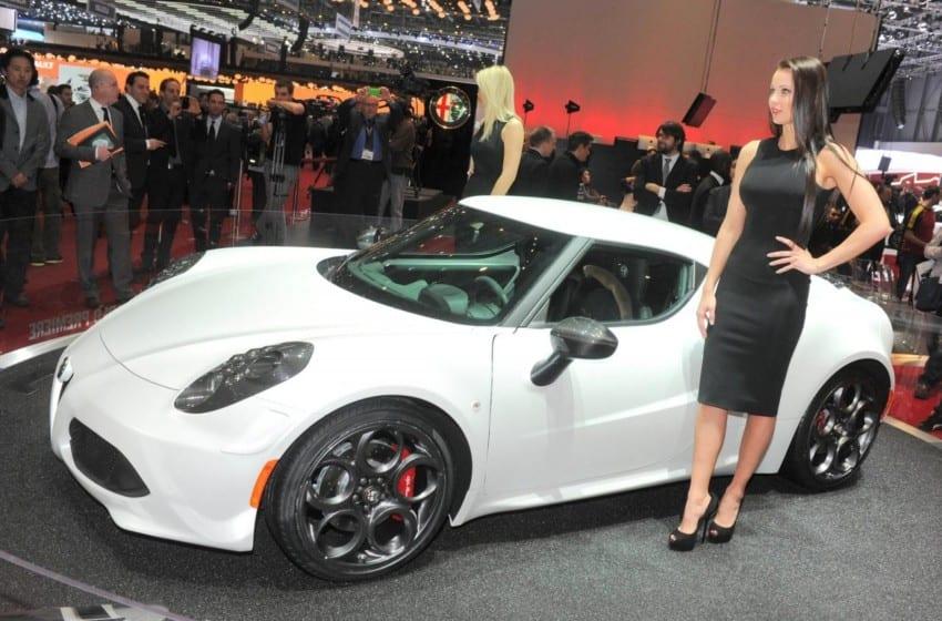 Alfa Romeo 4C sahnede