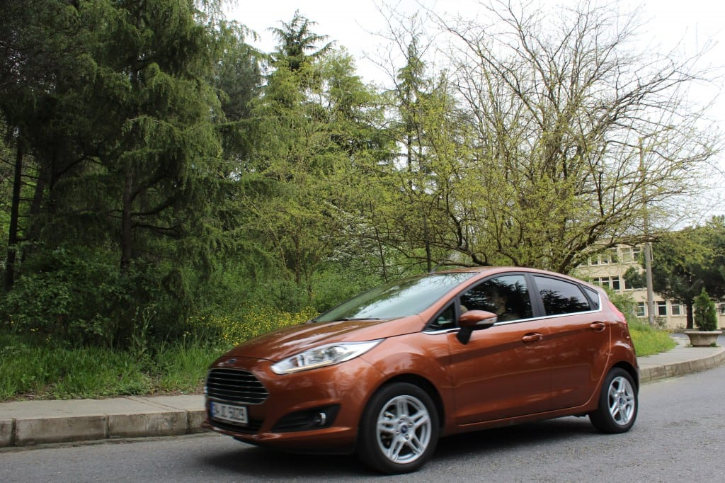 Ford Fiesta www.e-motoring.com