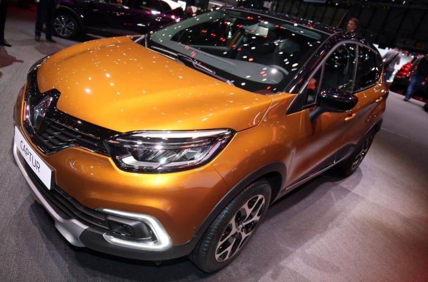 Renault yeni Captur'u sergiliyor
