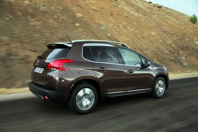 Peugeot 2008 www.e-motoring.com