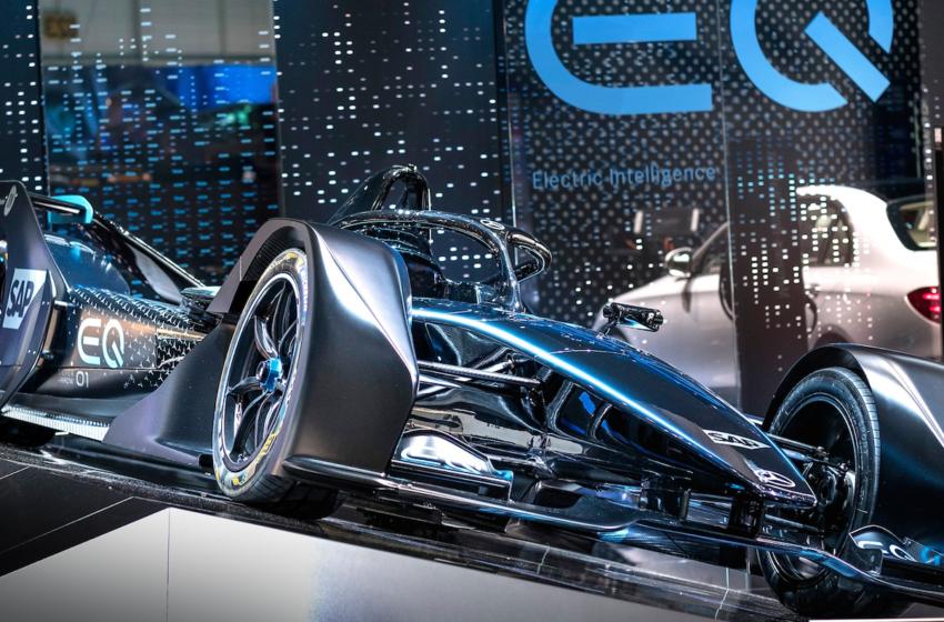 Mercedes-Benz'den yedi dünya lansmanı