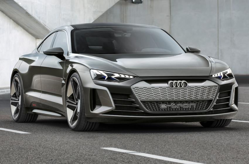 Audi, e-tron konseptlerini sergiliyor