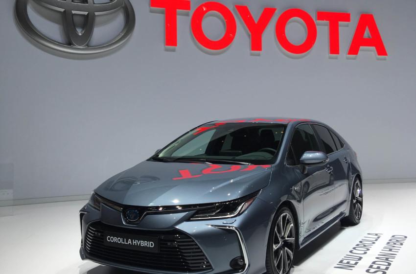 Toyota, Cenevre'de Türkiye'de üretilen iki hibrit modeliyle sahnede