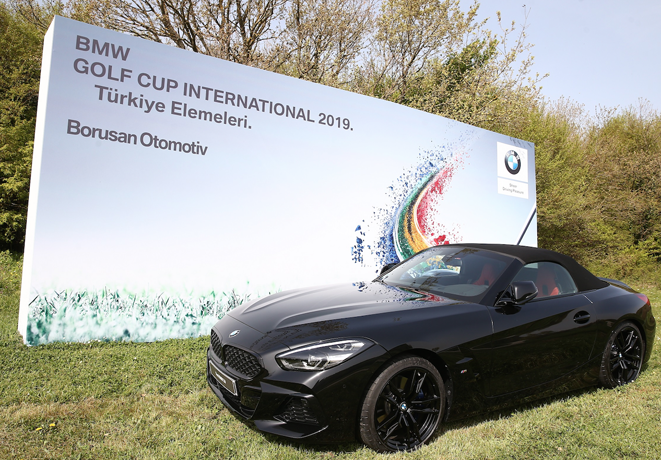 Yeni BMW Z4 ilk kez BMW Golf Cup International'da sergilendi