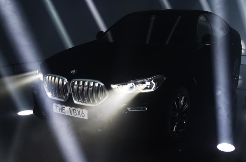 BMW'den Concept 4 ve Yeni BMW X6 Vantablack