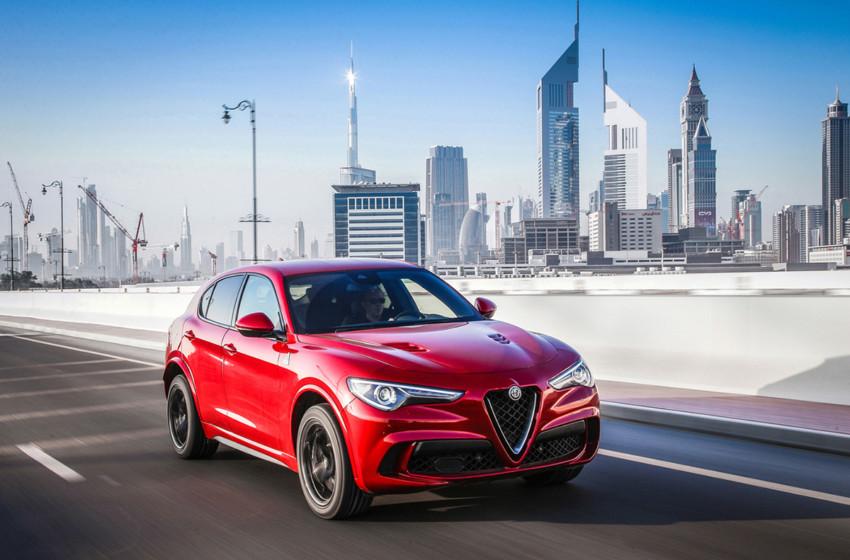 Stelvio Quadrifoglio'ya Yılın Spor Otomobili ödülü