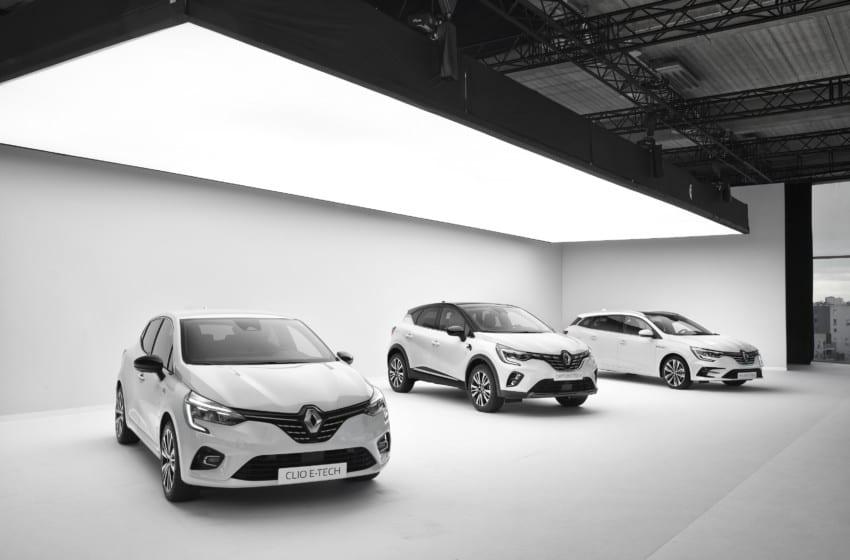 Renault elektrifikasyon stratejisini yeni modellerle güçlendiriyor