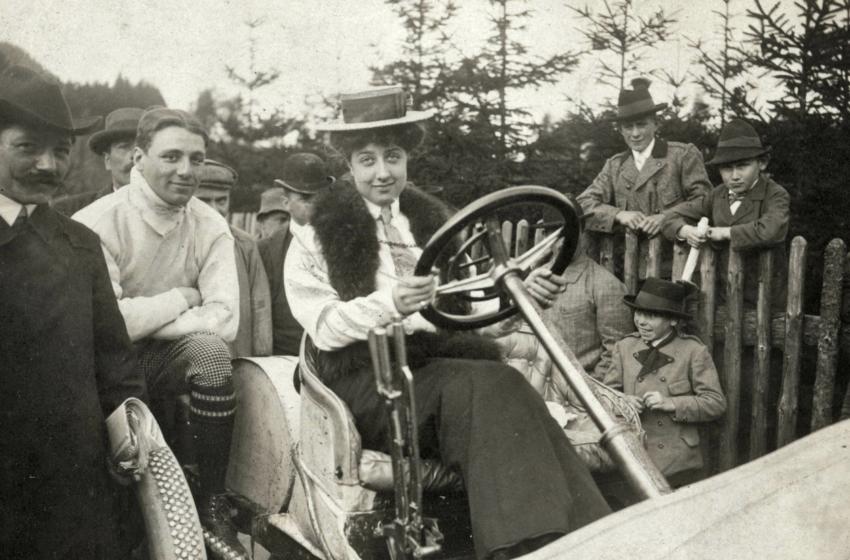 Mercedes'in 120. yılı kutlandı