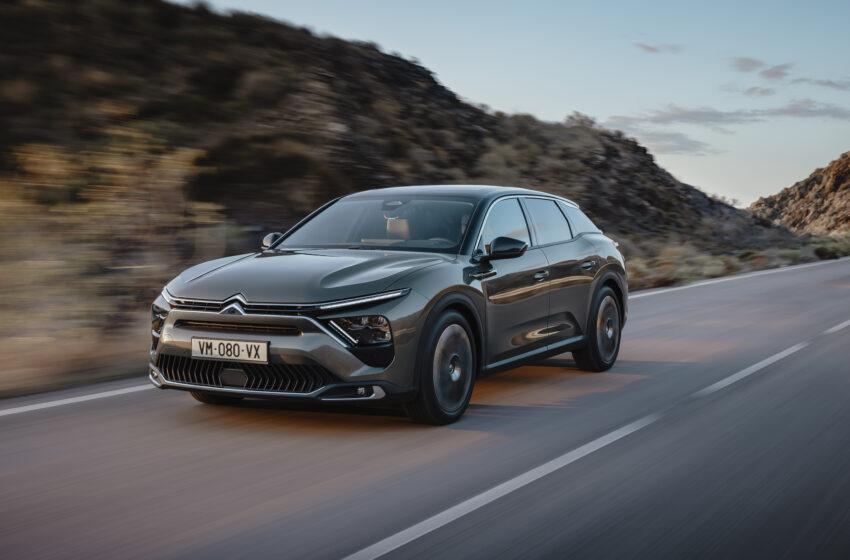 Citroën felsefesinin en yeni üyesi C5 X