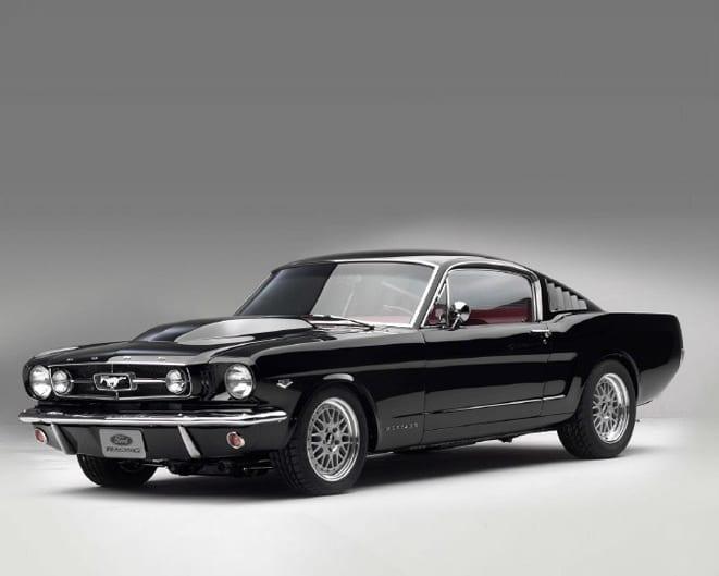 Ford Mustang www.e-motoring.com