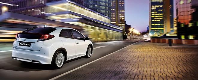 Honda Civic 1.6 i-DTEC www.e-motoring.com