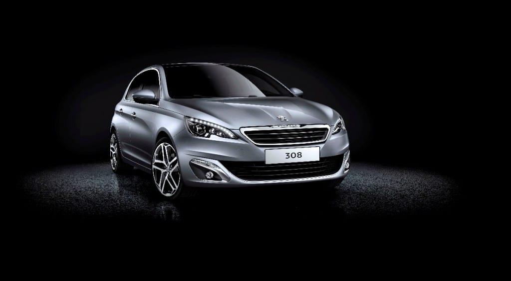 Peugeot 308 www.e-motoring.com