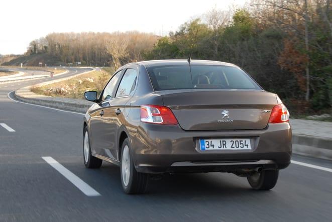 Citroen Elysee-Peugeot 301