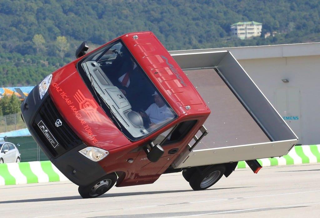 Gazelle Next www.e-motoring.com