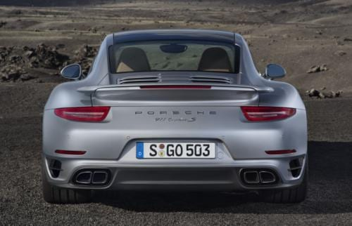 VIDEO 560 HP'lik Porsche 911 Turbo S