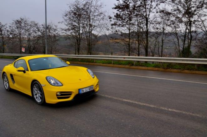 Porsche Cayman www.e-motoring.com