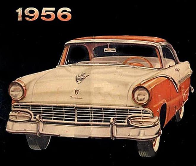 1956 Ford, köy yerinde bir klasik