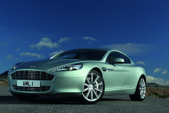 Aston Martin İstanbul açıldı