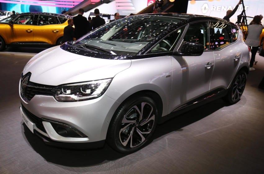 Renault'dan iki prömiyer
