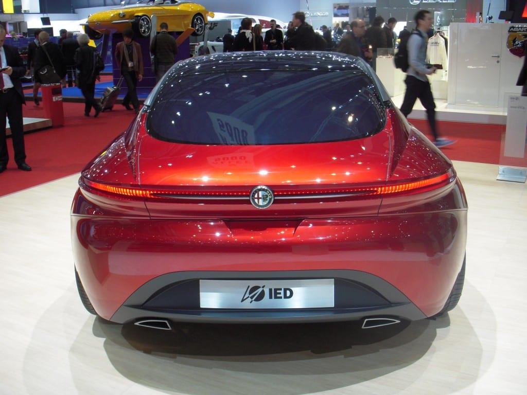 Alfa Romeo Gloria www.e-motoring..com