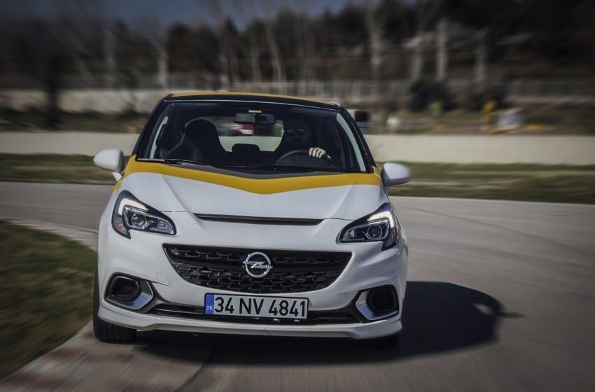 Safari Motorsport Opel Corsa OPC'lerle dönüyor