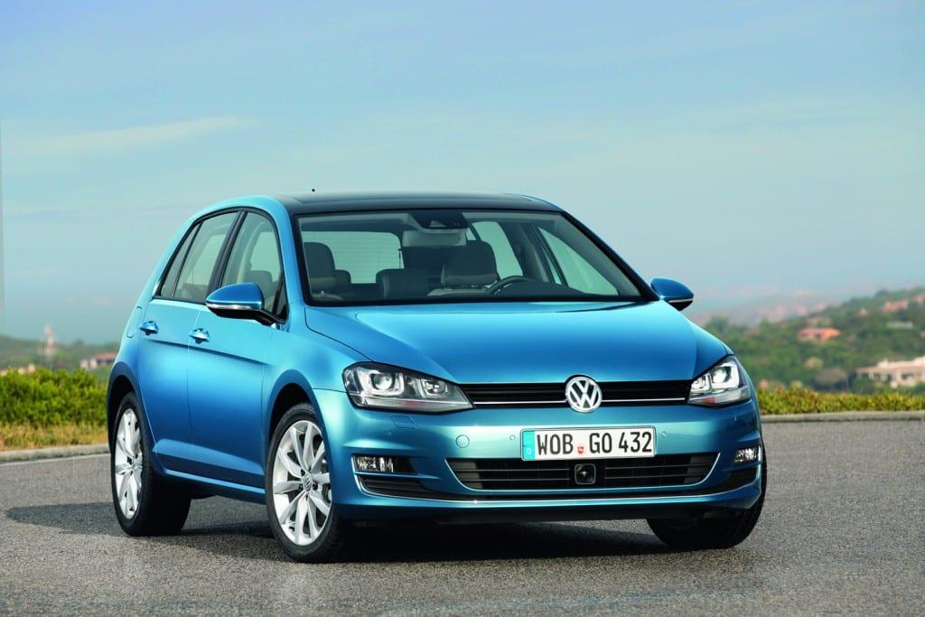 Volkswagen Golf, Pirelli www.e-motoring.com