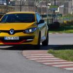 Renault Megane RS www.e-motoring.com