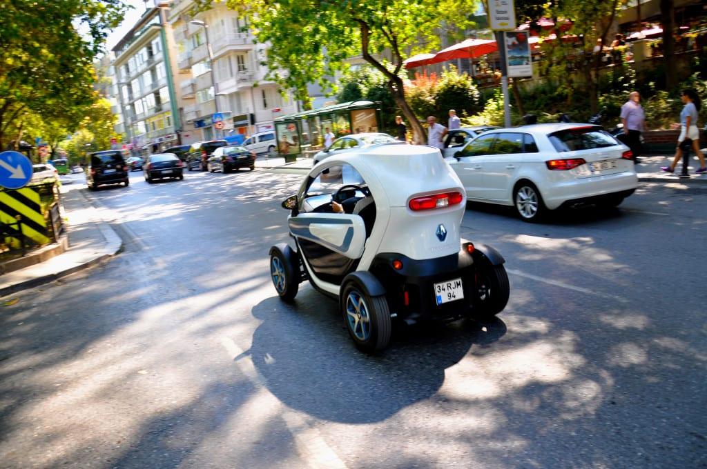 Renault Twizy Life www.e-motoring.com