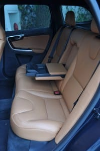 Volvo XC60 www.e-motoring.com