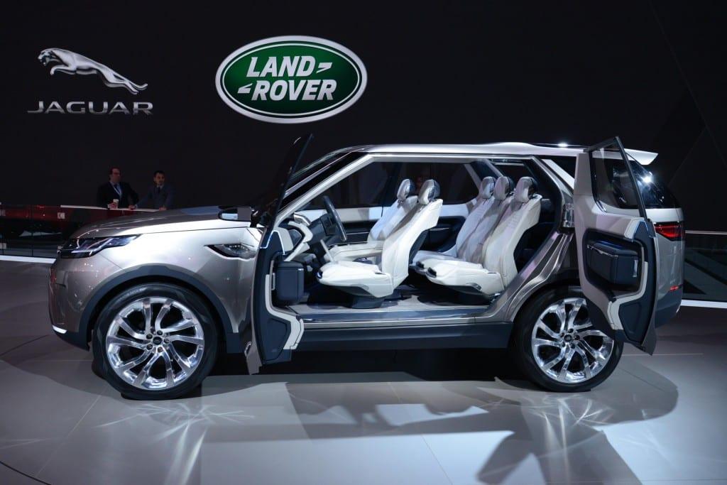 Land Rover Discovery www.e-motoring.com