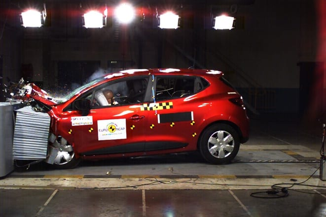 Küçük Renault'dan büyük başarı