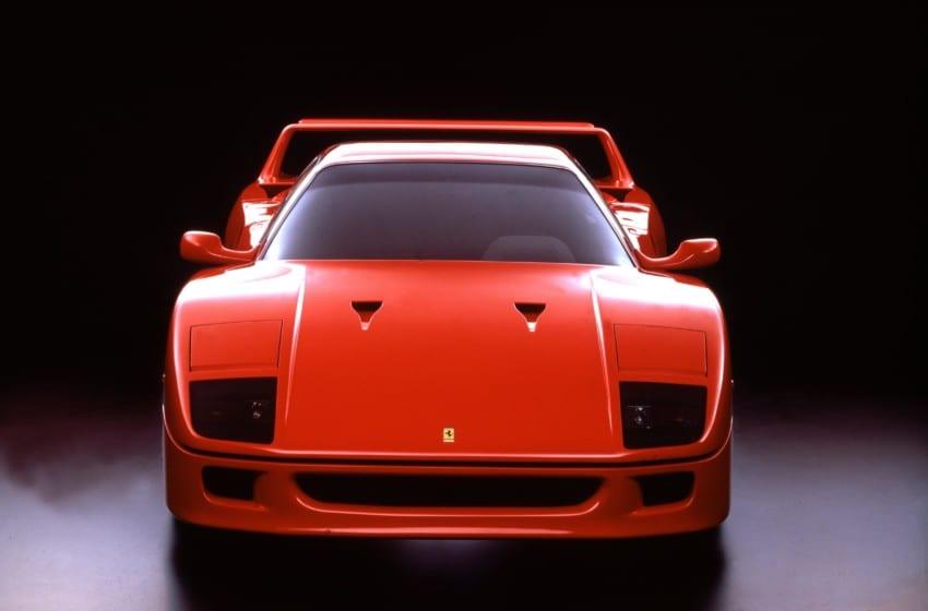 Ferrari F40'ın otuzuncu yaşını kutluyor