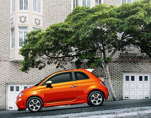 2013 Fiat 500e www.e-motoring.com
