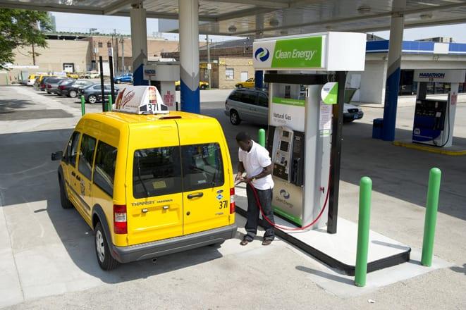 Connect ve Fusion hibrid taksilerin yakıt ekonomisi