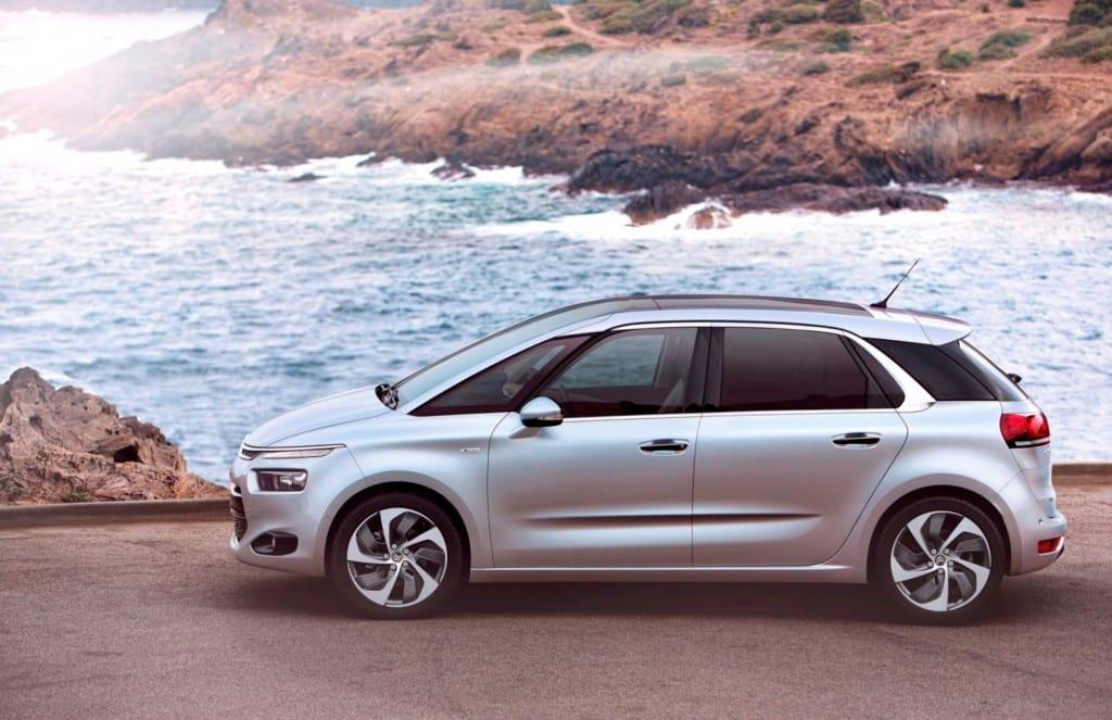 Citroën C4 Picasso www.e-motoring.com