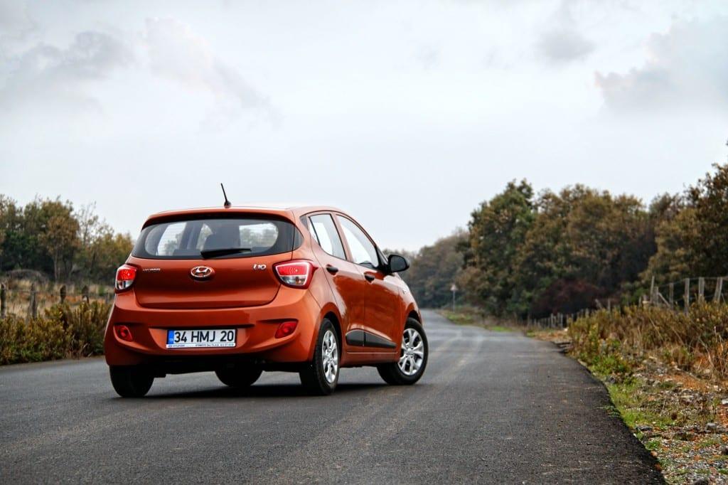 Hyundai i10 www.e-motoring.com