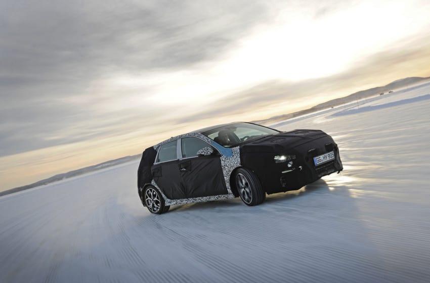 Yeni i30 N, Thierry Neuville ile buz üstünde