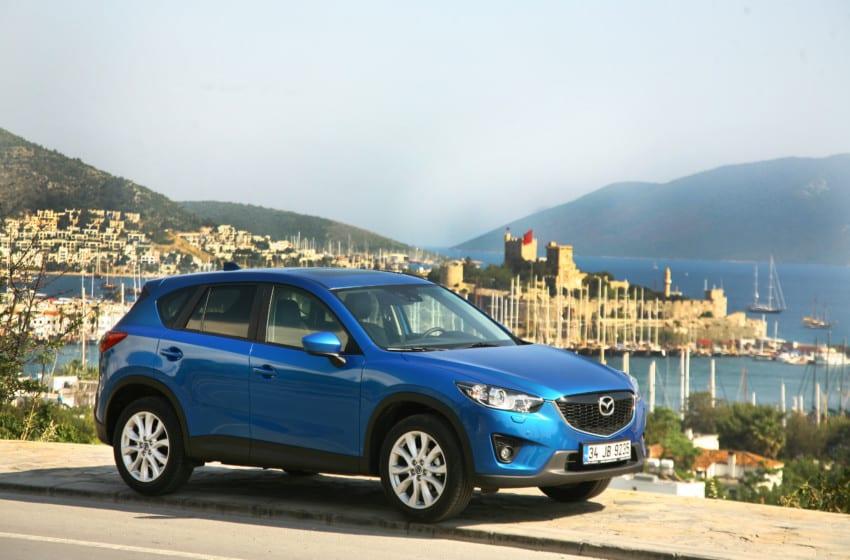 """Mazda'nın """"butik"""" SUV'u CX-5 piyasada"""