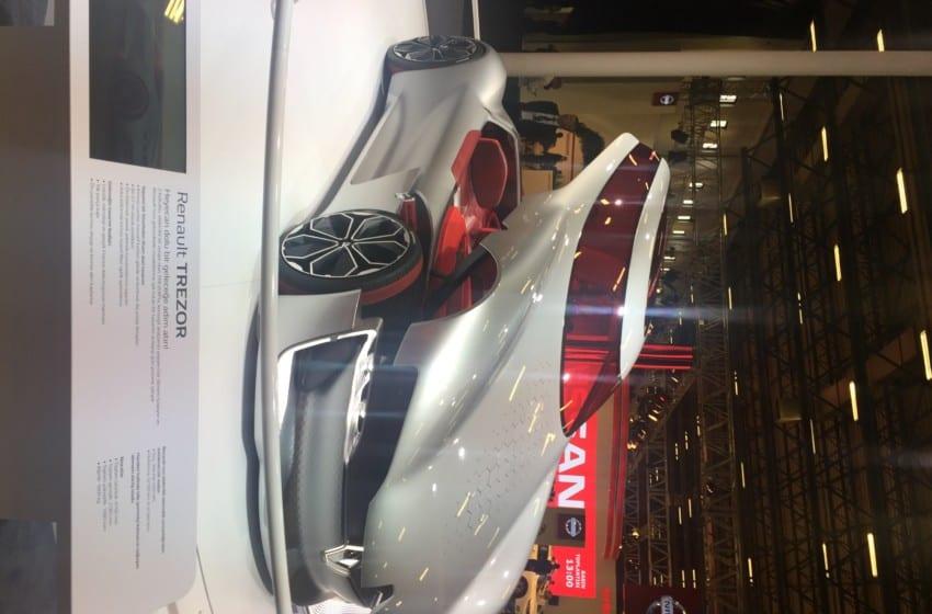 Yeni Renault Koleos ve Captur'un Türkiye prömiyeri fuarda
