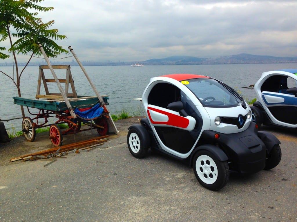 Renault Twizy www.e-motoring.com