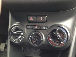 Peugeot 1.2 VTi www.e-motoring.com