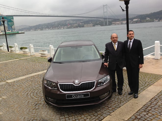 Ahmet Yüce & Tolga Senyücel www.e-motoring.com